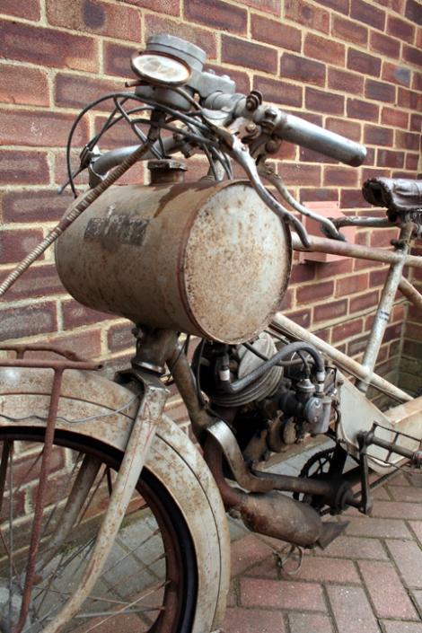 MOTOS PARA EL RECUERDO DE LOS ESPAÑOLES-http://buyvintage.files.wordpress.com/2008/02/d6480.jpg?w=470