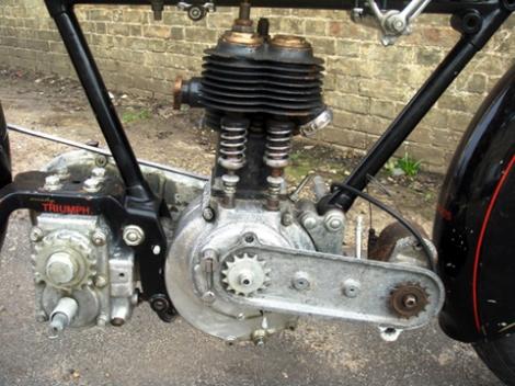 triumph-sd-500cc-007.jpg